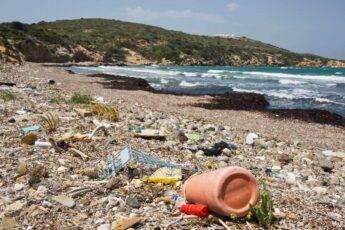 Jakie śmieci na plaży można spotkać najczęściej?
