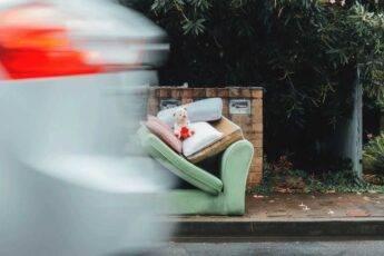 Czym podrzucanie śmieci jest karalne? Potencjalne kary i mandaty