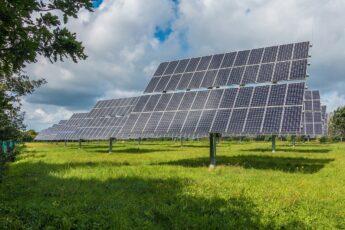 Odnawialne Źródła Energii – czym są? Rodzaje OZE i korzyści ze stosowania